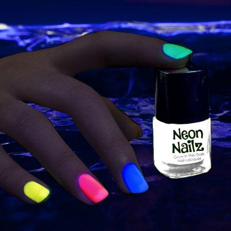 glow-nail-polish-neon-white