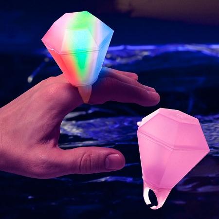 led_large_diamond_ring_1
